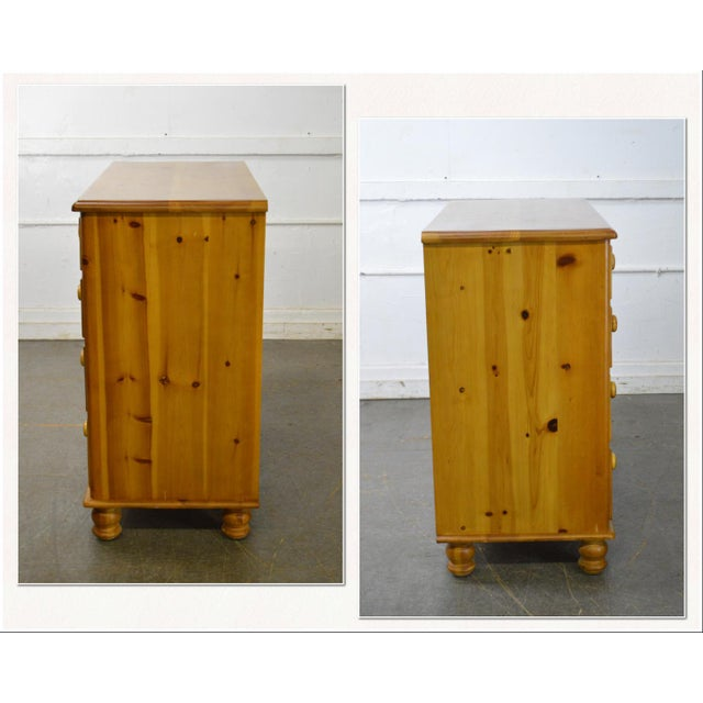 *STORE ITEM #: 17728-fwmr Wexford Collection Country Pine 2 over 3 Chest of Drawers AGE / ORIGIN: Approx. 15 years,...