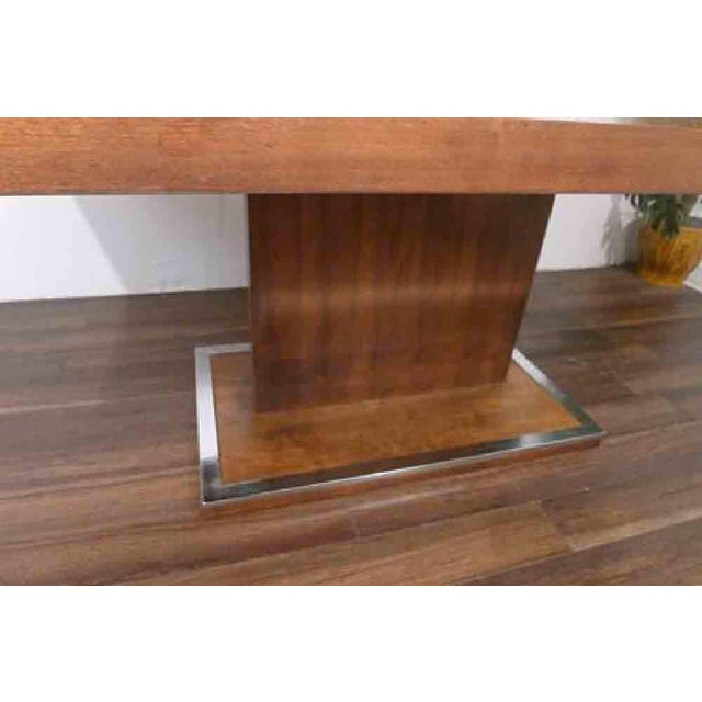 1970s Hollywood Regency Milo Baughman for Founders Walnut Extension Dining Table For Sale In Chicago - Image 6 of 12
