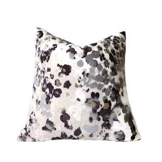 Niumi Storm Velvet Pillow Cover For Sale