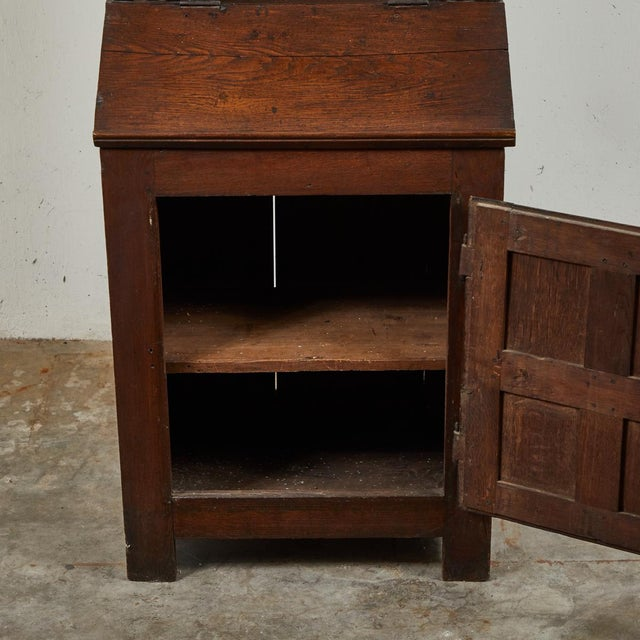 Early 18th Century French Petite Bureau Secretaire Desk With Projecting Cabinet For Sale In Los Angeles - Image 6 of 7