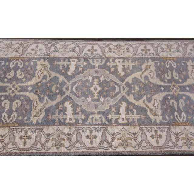 21st Century hand-knotted Oushak Style. Excellent condition.