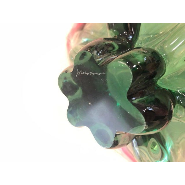 1960s Vintage Murano Glass Triangle-Shaped Green and Pink Bowl, Signed For Sale - Image 9 of 11