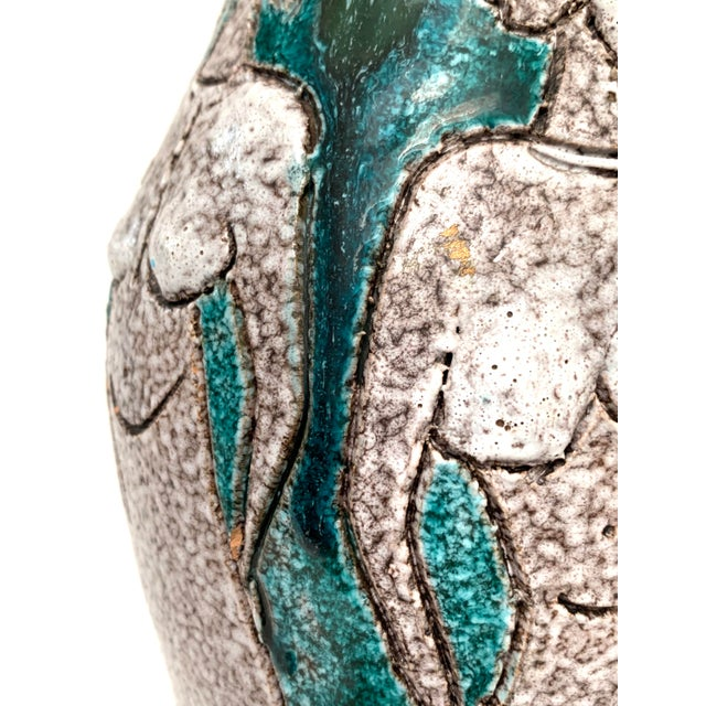 Gambone and Fanciullaci Style Italian Mid-Century Modern Ceramic Vase For Sale In New York - Image 6 of 13