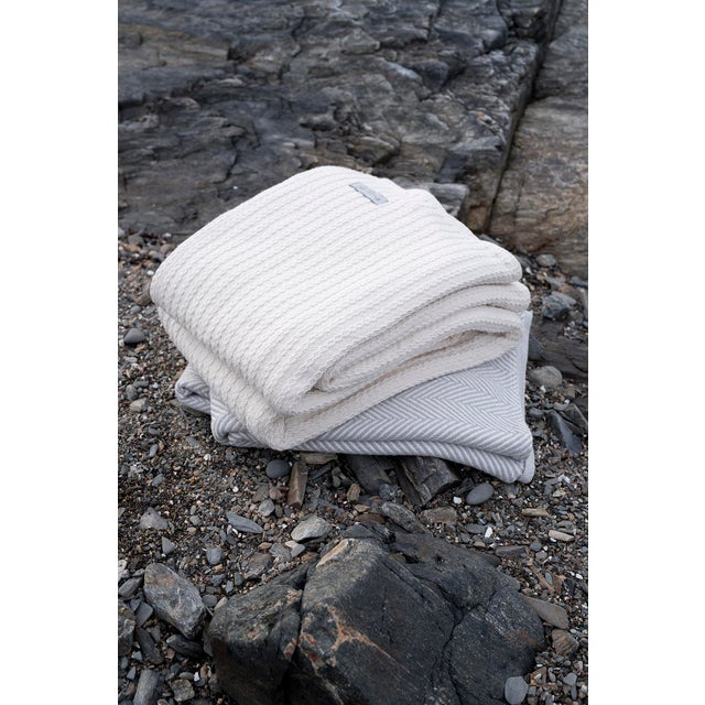 Contemporary Natural Full/Queen Herringbone Blanket For Sale - Image 4 of 5