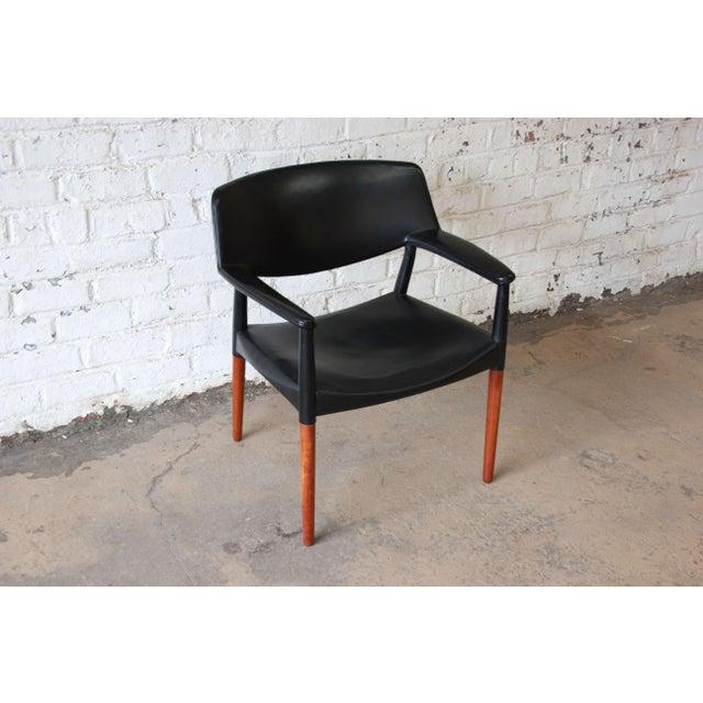 Ejner Larsen and Aksel Bender Madsen Black Leather & Rosewood Armchair For Sale - Image 5 of 9
