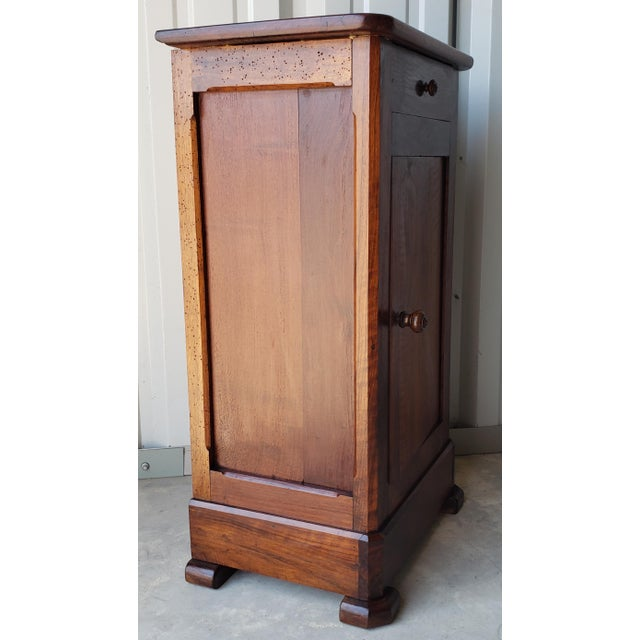 0fd6162b45 19th Century French Louis Philippe Period Carved Walnut Bedside Table For  Sale - Image 4 of