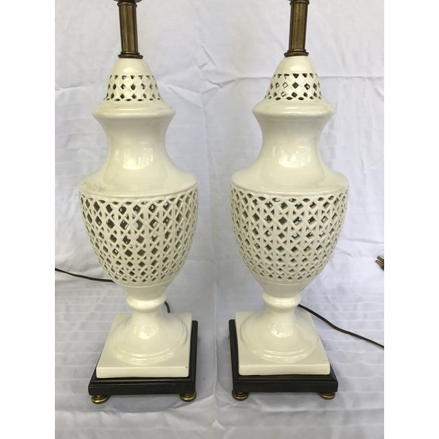 Chinoiserie Frederick Cooper Signed Table Lamps - A Pair - Image 7 of 8