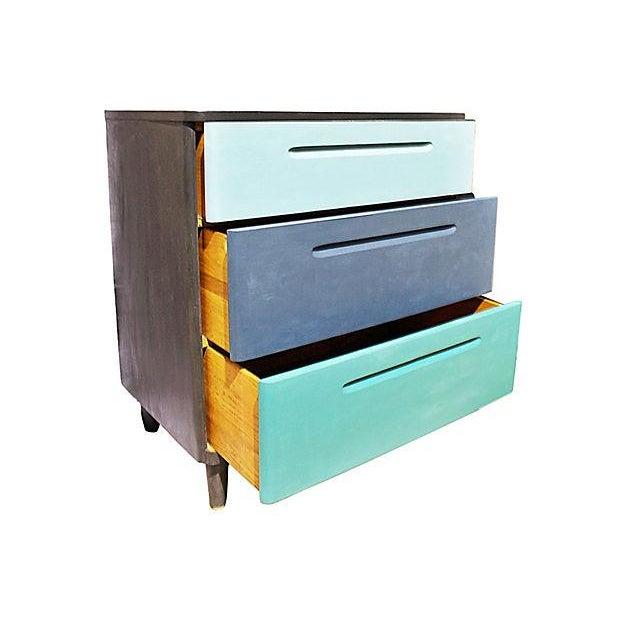 Mid-Century Modern Huntington Mid-Century Modern Painted Dresser For Sale - Image 3 of 7