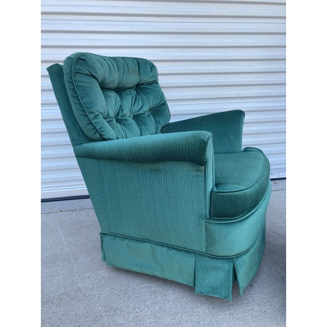 Mid Century Broyhill Emerald Green Rocking Lounge Chair and Ottoman Set. Perfect for the family room or library.