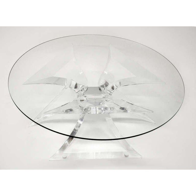 Leon Frost 1970s Hollywood Regency Frost Lucite Coffee Table With Chrome Center For Sale - Image 4 of 7