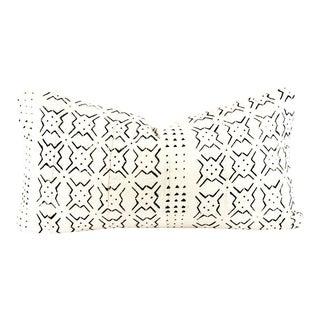 Burst Ivory Mudcloth Medium Lumbar Pillow For Sale