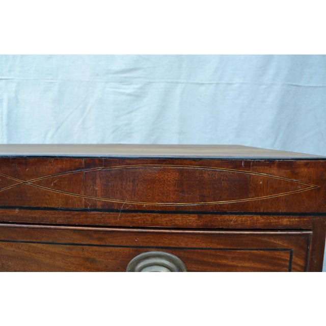 English Regency Chest of Drawers For Sale - Image 5 of 10