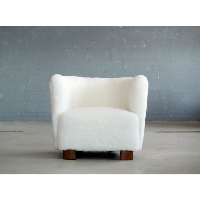 Incredibly comfortable, exuberant, and superbly made lounge chair manufactured by Slagelse Mobelvaerk. Featured in the...
