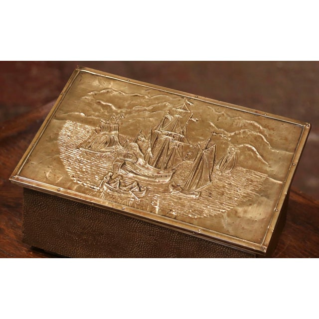 French Early 20th Century French Repousse Brass and Wooden Box With Sailboats Decor For Sale - Image 3 of 8
