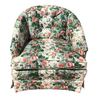 20th Century English Traditional Chintz Club Chair For Sale