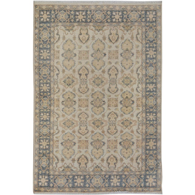 "Kafkaz Peshawar Robby Ivory/Gray Wool Rug - 4'0"" X 5'8"" A9490 For Sale"