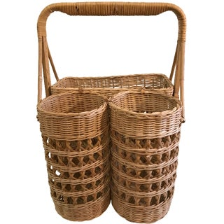 Vintage Wicker Wine Picnic Basket For Sale