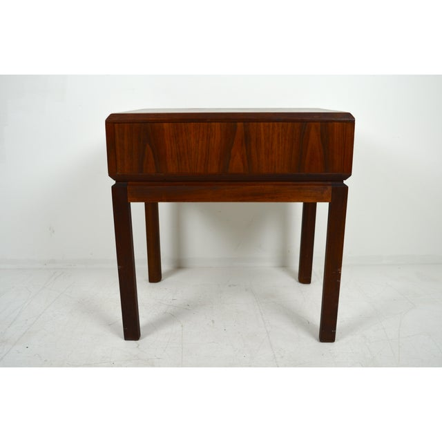 1960s Mid Century Modern Founders Furniture Co. Walnut Nightstand For Sale - Image 6 of 10