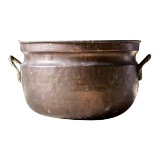 Vintage Hammered Copper Ice Bucket For Sale