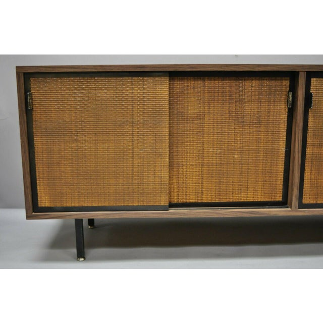 Mid-Century Modern 1970s Mid Century Modern Laminate Formica Case Credenza For Sale - Image 3 of 13