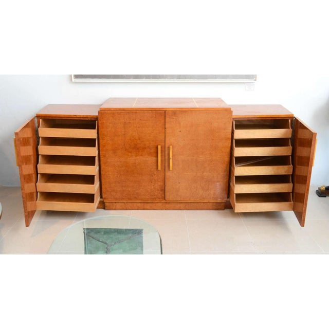 Late Art Deco Birds-Eye Maple and Maple Inlaid Credenza, Eli Jacques Kahn For Sale - Image 4 of 7