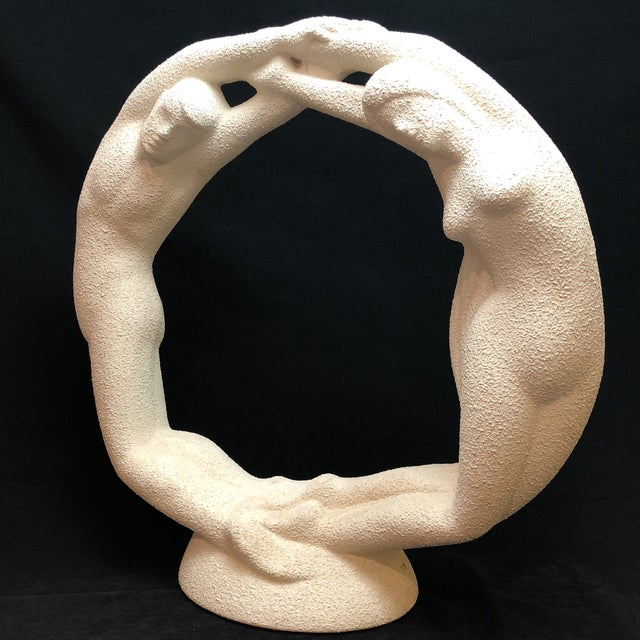 "White Vintage Textured Haeger Eternity ""Circle of Love"" Statue For Sale - Image 8 of 10"