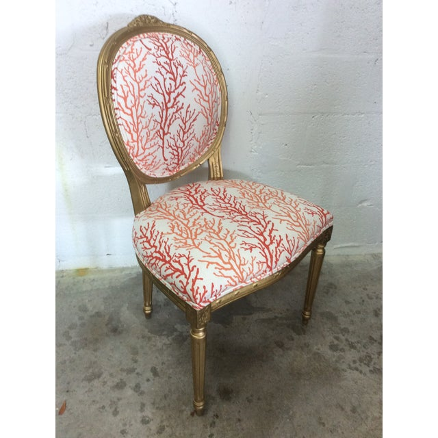 Phenomenal 1970S Vintage Louis Coral Accent Chair Evergreenethics Interior Chair Design Evergreenethicsorg
