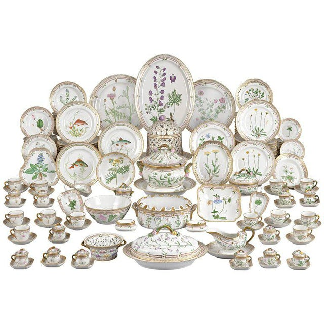 143 Piece Flora Danica Porcelain Dinner Service by Royal Copenhag For Sale In New Orleans - Image 6 of 6