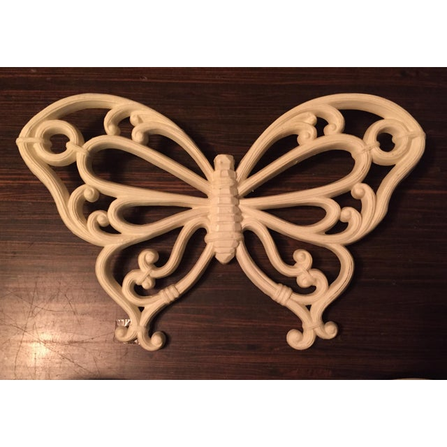 1970s Boho Chic White Homco Butterfly Wall Decor - 3 Pieces For Sale - Image 4 of 7