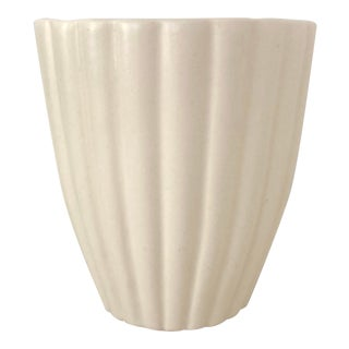 Mid 20th Century White Fluted Royal Haeger Pot For Sale