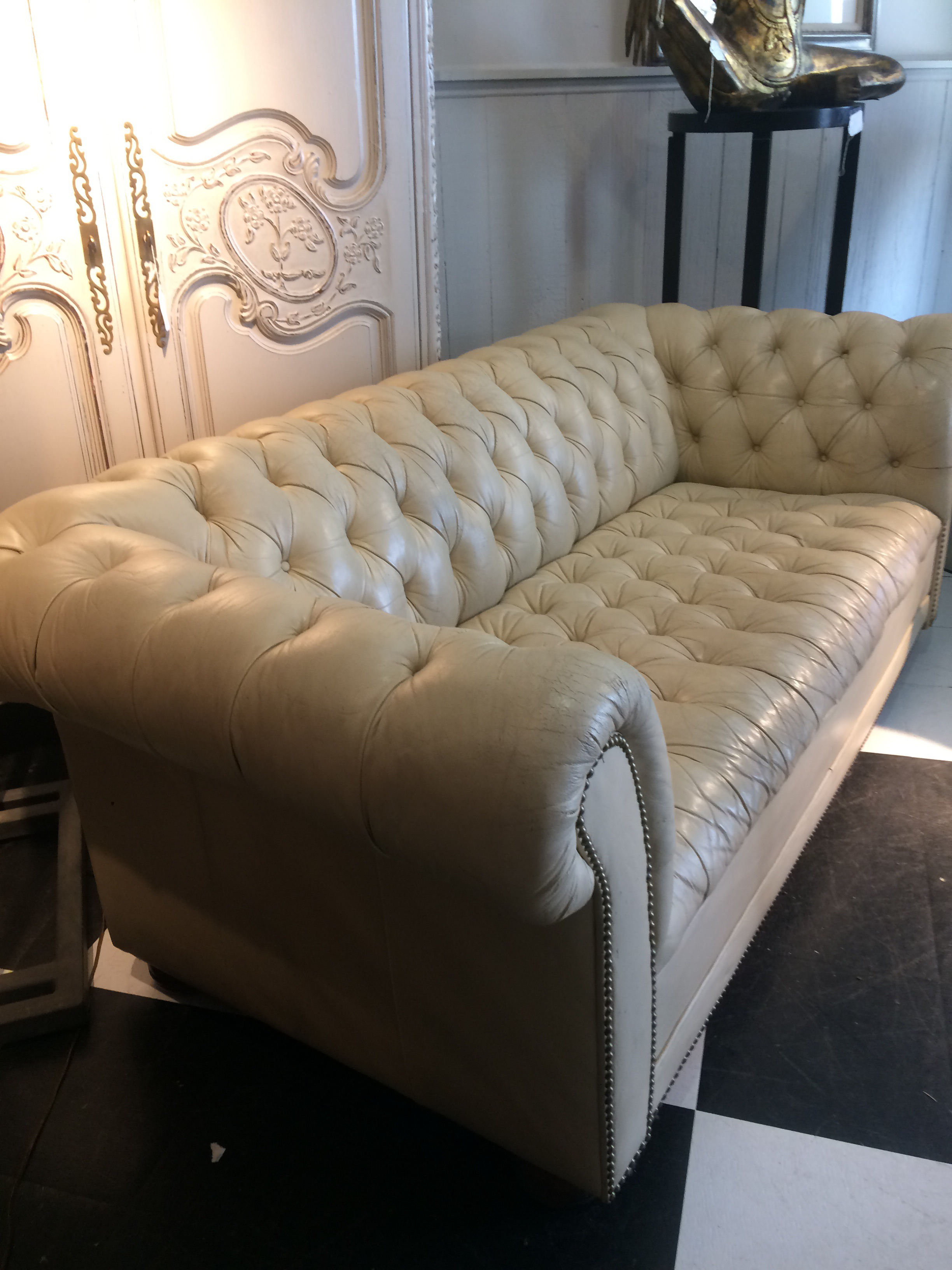 Vintage Cream Leather Chesterfield Sofa
