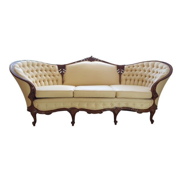 French Louis XV Baroque Style Walnut and Button Upholstered Settee For Sale