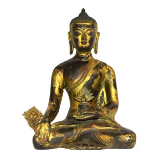 Early 20th Century Gilt Bronze Tibetan Buddha For Sale