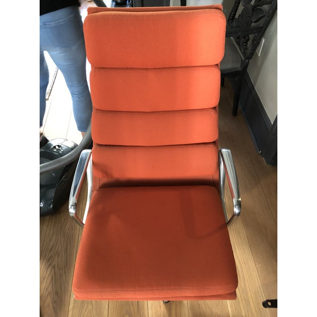 Herman Miller Eames Aluminum Authentic Herman Miller Lounge Chair For Sale - Image 4 of 7