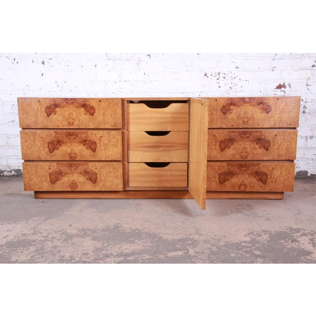 1970s Milo Baughman Style Burl Wood Long Dresser or Credenza by Lane For Sale - Image 5 of 13