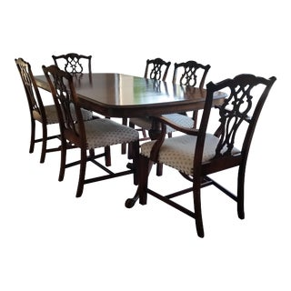 Antique Bernhardt Dining Set For Sale