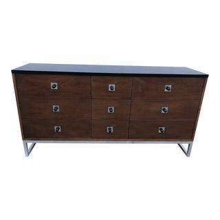 Vintage Modern Thomasville Nine Drawer Walnut Lowboy Dresser For Sale