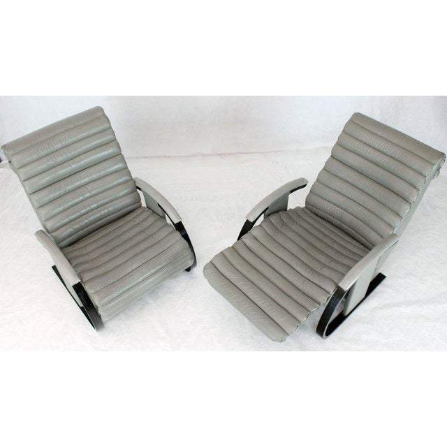 1990s Pair of Leather Ribbed Upholstery Reclining Lounge Chairs Bent Wood Tank Style For Sale - Image 5 of 13