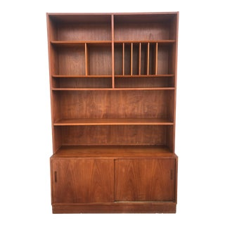 Danish Modern Shelving Unit With Storage Cabinet For Sale