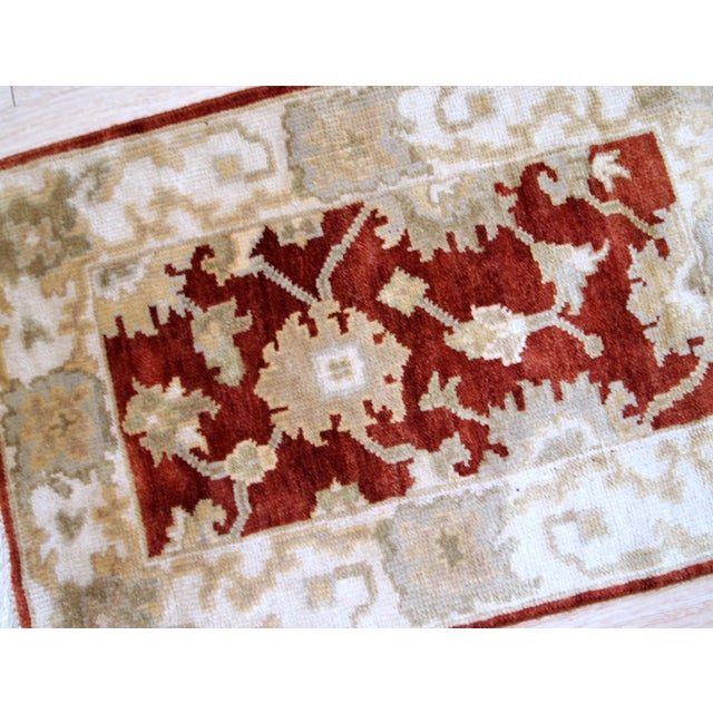 1980s, Handmade Vintage Indo-Mahal Rug 2.1' X 3.2' For Sale In New York - Image 6 of 9