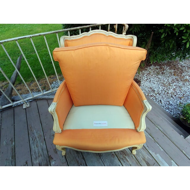 Henredon White Frame Orange Upholstery Louis XV Down Fill Bergere Chair For Sale - Image 11 of 13