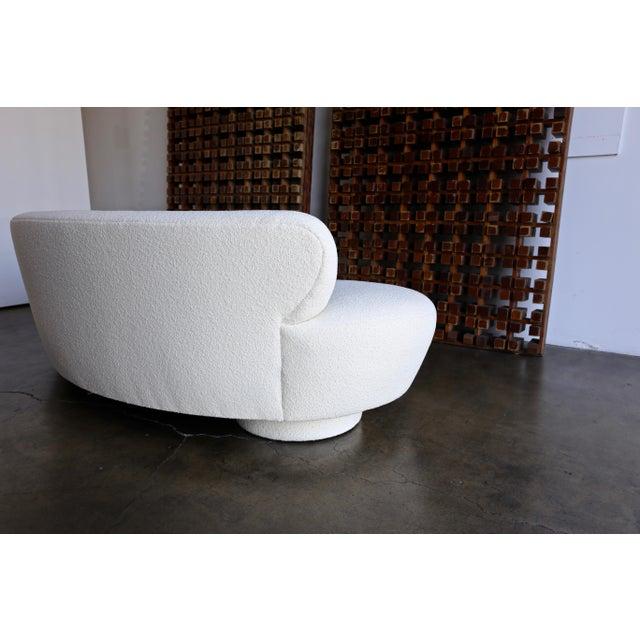 Vladimir Kagan Serpentine Sofa For Sale - Image 11 of 12