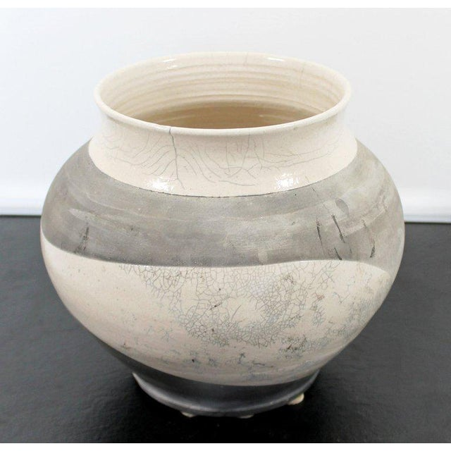 Contemporary Robert Kidd Signed Dated Raku Ceramic Pottery, 1986 For Sale - Image 4 of 9