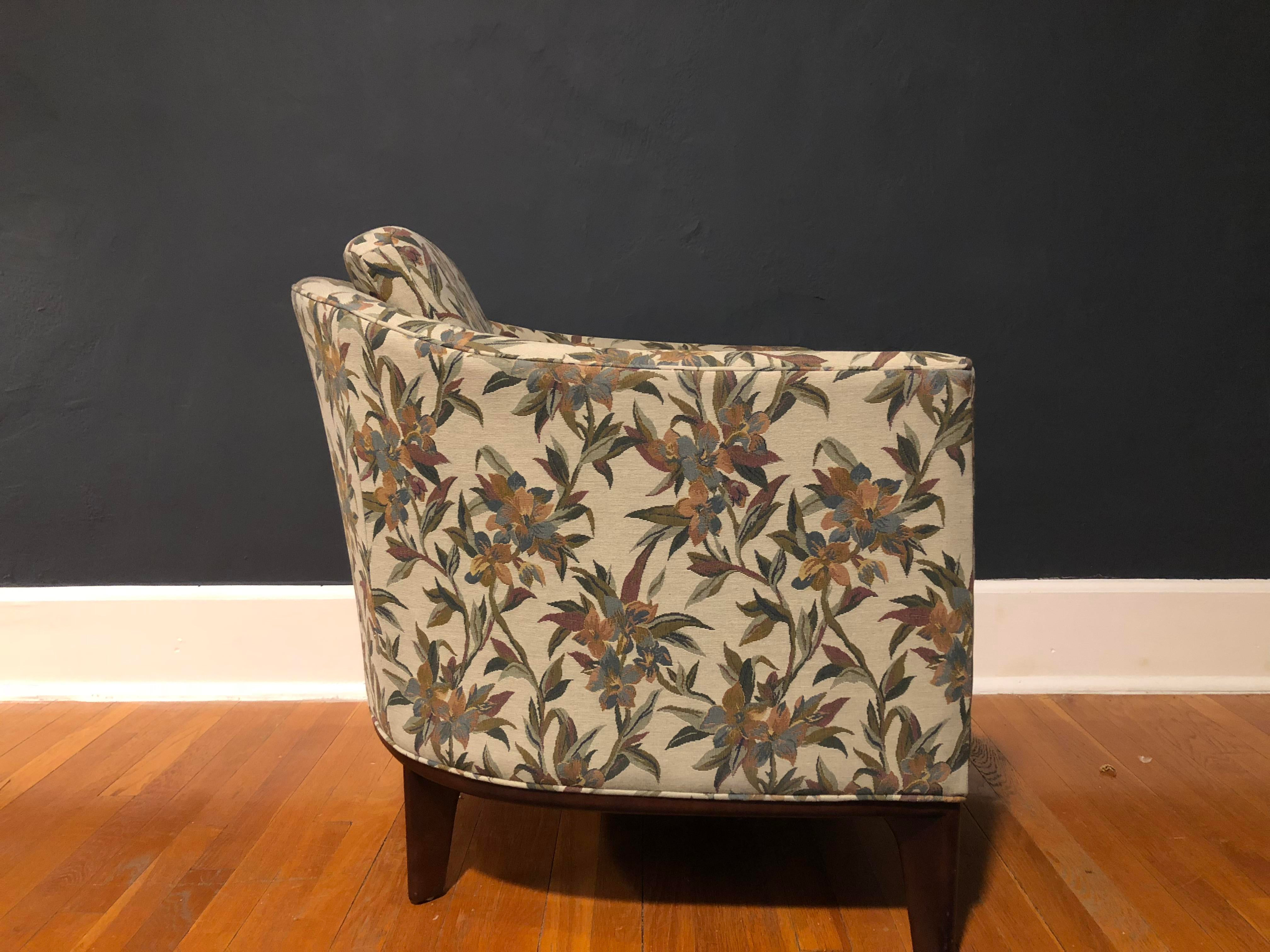 Cottage Bernhardt Design Floral Club Chairs   A Pair For Sale   Image 3 Of  11