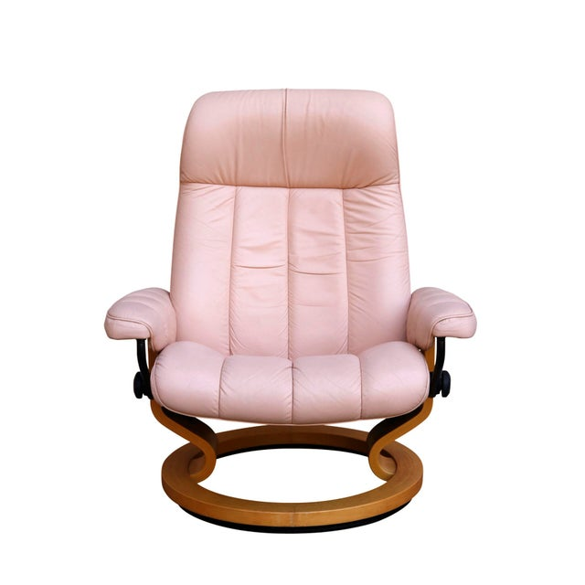 "Ekornes ASA Ekornes Pink Leather ""Stressless"" Recliner & Ottoman For Sale - Image 4 of 9"
