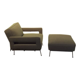 Mid-Century Modern Atomic Style Convertible Sleeper Lounge Chair & Ottoman For Sale