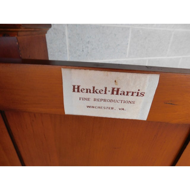 Late 20th Century Henkel Harris Chippendale Style Pine 9 Pane Corner Cabinet For Sale - Image 5 of 13