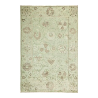 "Suzani Hand Knotted Area Rug - 4' 1"" X 6' 0"" For Sale"