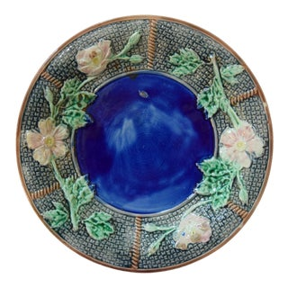 Vintage Majolica Dish With Leaves & Dogwoods For Sale