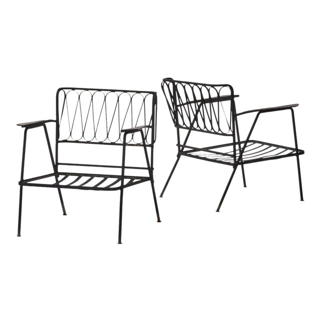 Vintage Mid Century Maurizio Tempestini for Salterini Black Wrought Iron Ribbon Lounge Chairs- a Pair For Sale